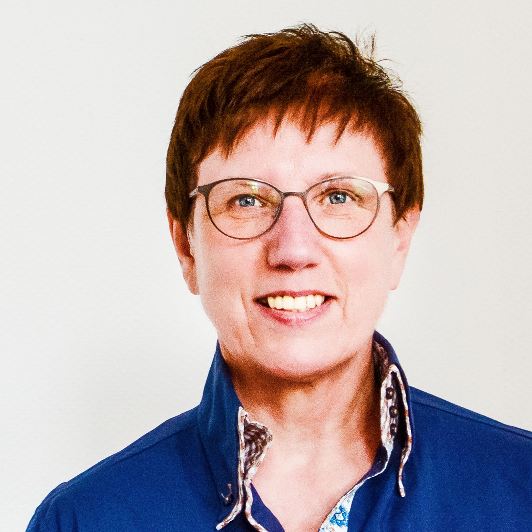 ELENA MUSSHOFF